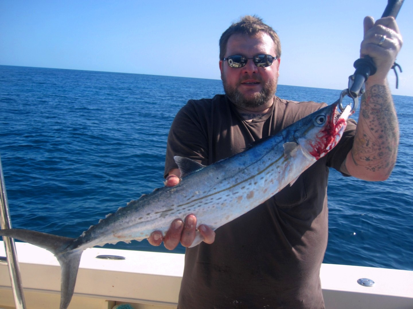 Keys 034 large mickey 39 s guide service fishing reports for Keys fishing report