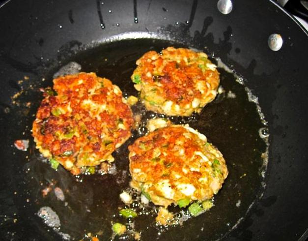 striped bass cakes like crab cakes but w striper